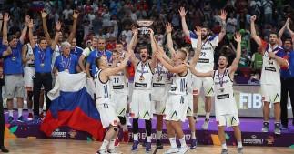 Basketball - Slovenia v Serbia - European Championships EuroBasket 2017 Final - Istanbul, Turkey - September 17, 2017 -  Players of Slovenia celebrate their victory. REUTERS/Osman Orsal